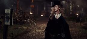 Em mais um figurino assinado por B. Akerlund, Madonna lança o clipe de 'Ghosttown'