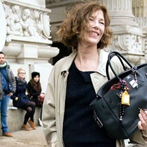 Jane Birkin pede que Hermès retire seu nome de uma das bolsas mais famosas damarca