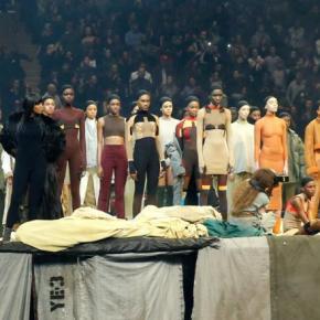 Kanye West lota o Madison Square Garden ao apresentar a nova coleção de suamarca